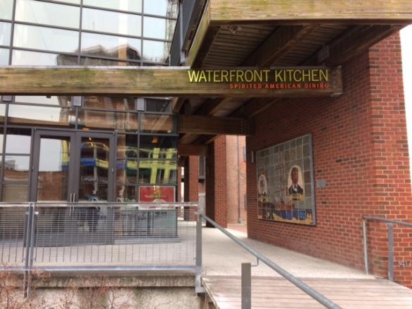 waterfront-kitchen